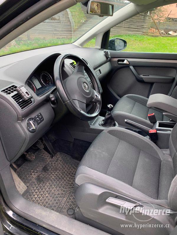 Volkswagen Touran - foto 9