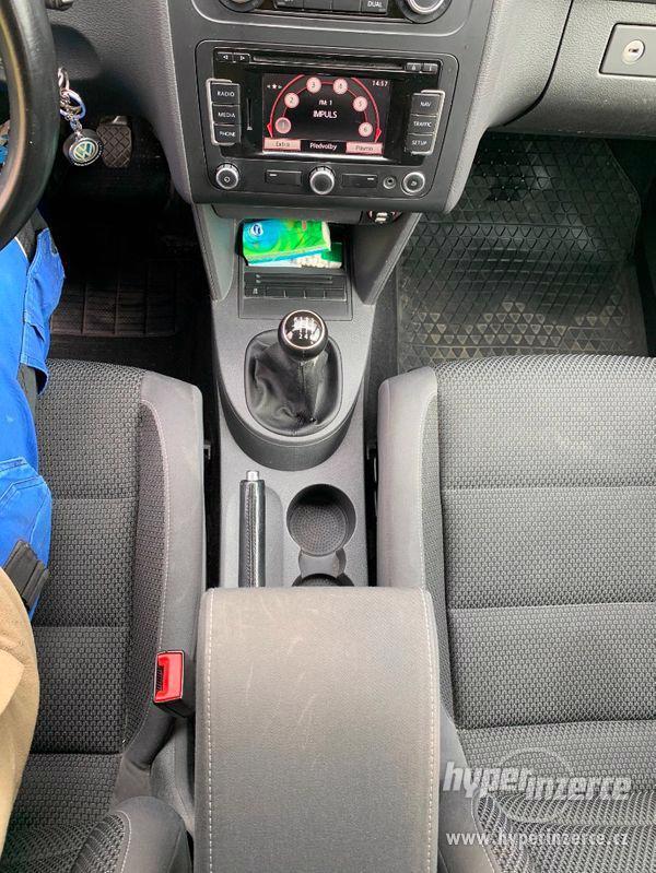 Volkswagen Touran - foto 11