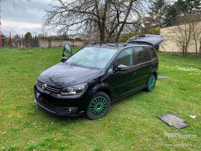 Volkswagen Touran - foto 1
