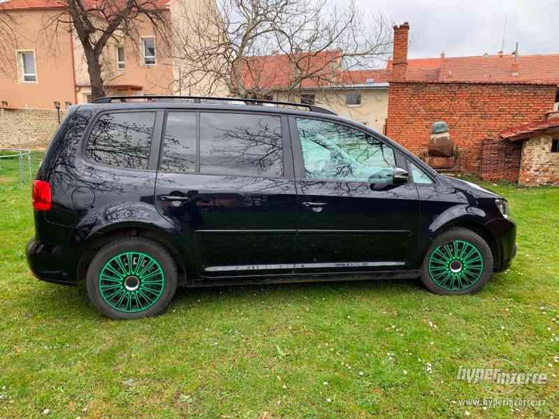 Volkswagen Touran - foto 4