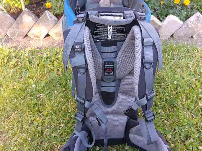 Zapůjčení: Značková krosna (nosítko) Deuter 2 - foto 4