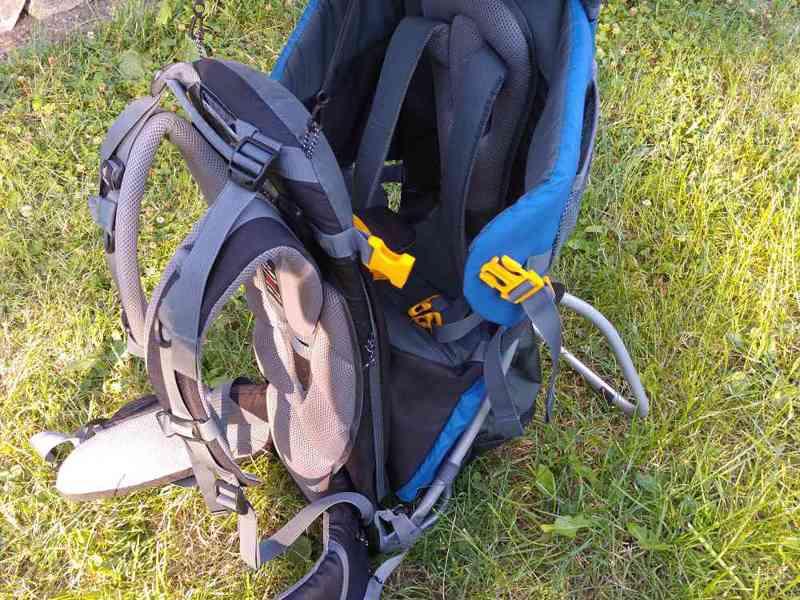 Zapůjčení: Značková krosna (nosítko) Deuter 2 - foto 6