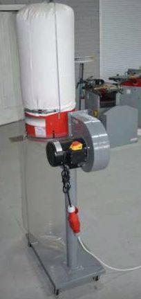 Odsavač pilin s kovovým rotorem Holzmann ABS1080