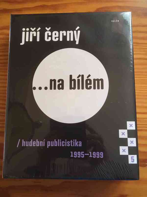 ... na bílém/hudební publicistika 1995-1999