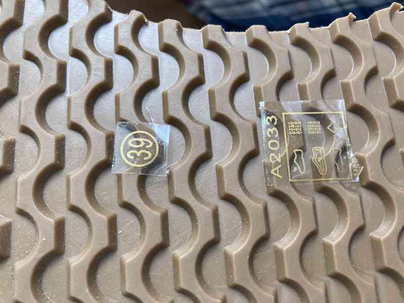 Dámské boty zlaté - foto 5