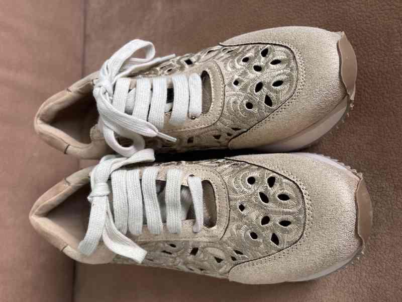 Dámské boty zlaté - foto 3