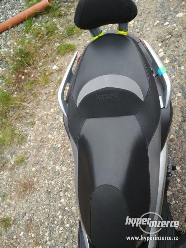 Yamaha X-max 250 Sport - foto 4