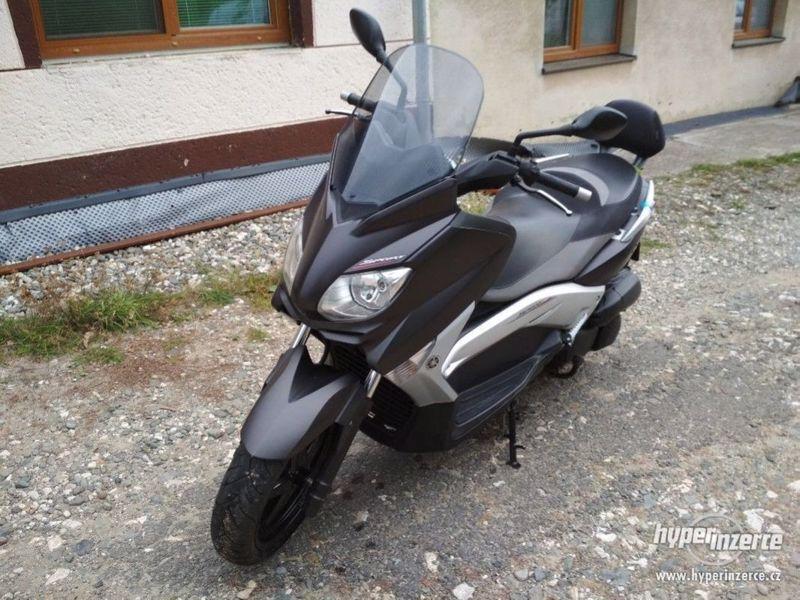Yamaha X-max 250 Sport - foto 1