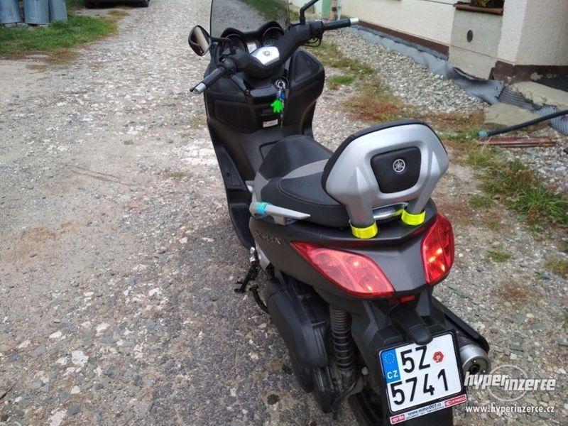 Yamaha X-max 250 Sport - foto 5