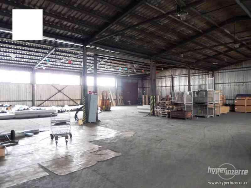 Průmyslový areál s prostory pro výrobu a skladování - foto 3