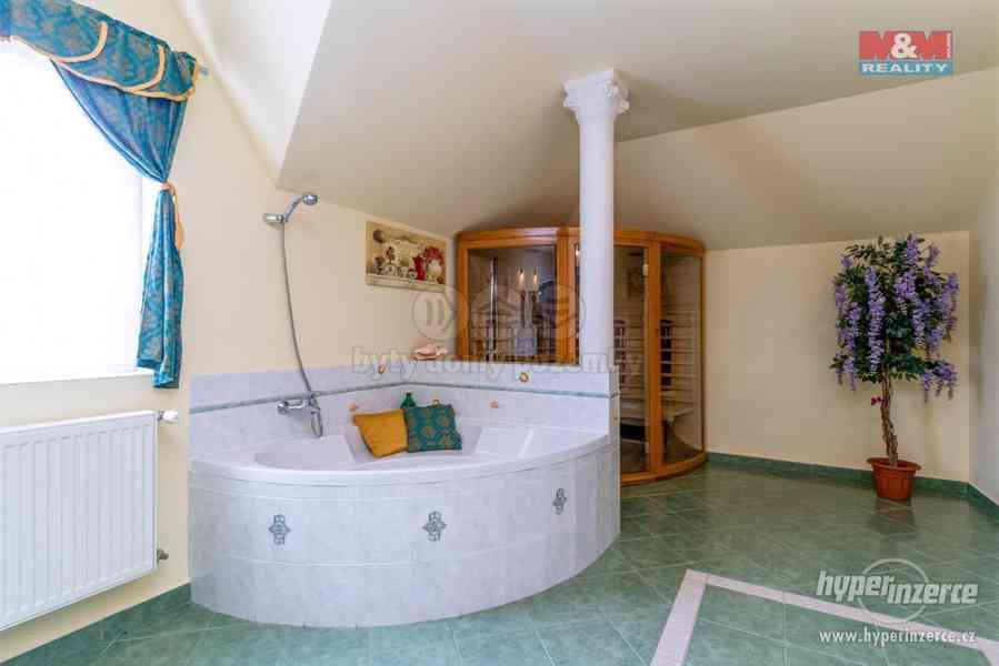 Prodej rodinného domu, 645 m?, Praha, ul. Meinlinova - foto 1