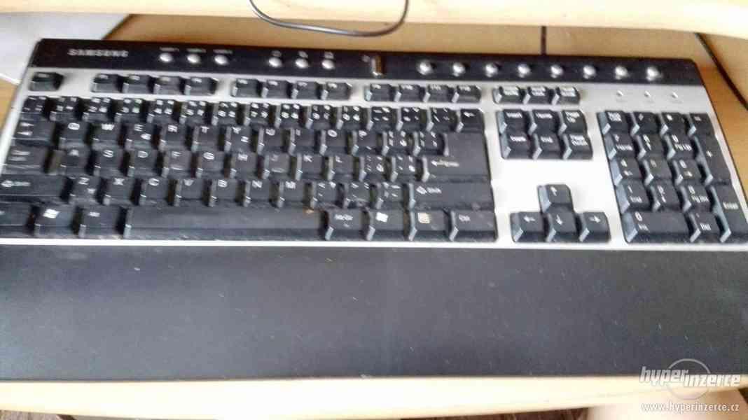Funkční PC + myš, klávesnice, monitor - foto 4