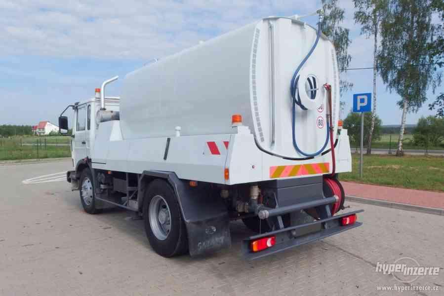 RENAULT Midlum KROPIČKA CISTERNA Watertank 8000L. - foto 4