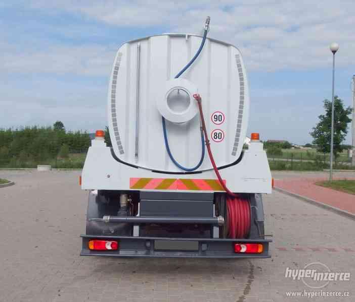 RENAULT Midlum KROPIČKA CISTERNA Watertank 8000L. - foto 5