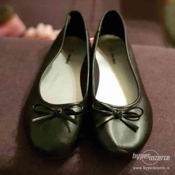 Černé balerinky/baleriny Graceland vel. 34