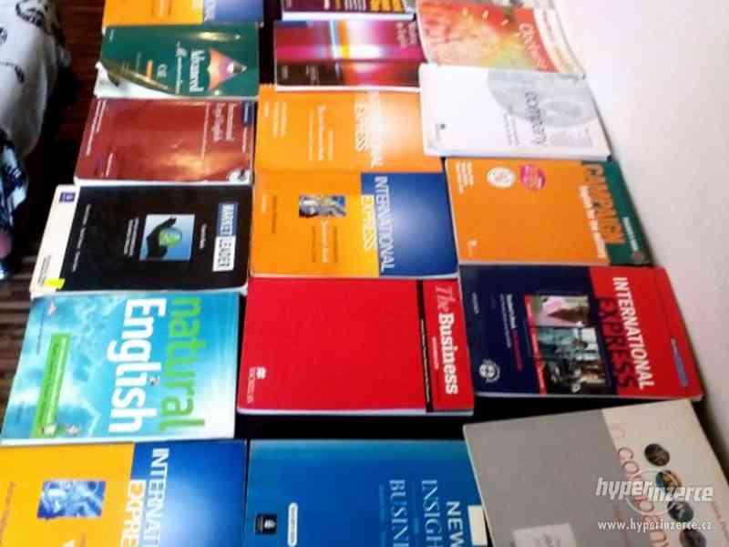 26 učebnic angličtiny