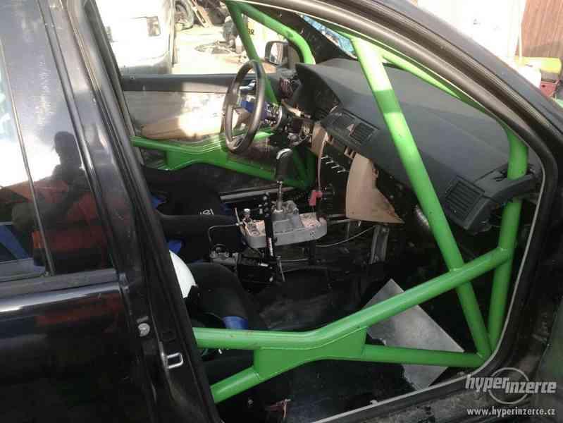 Závodní speciál na rallye Škoda Fabia RS 1,9 TDi. - foto 3