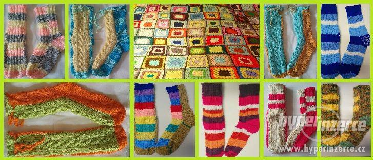 Ručně pletené vlněné ponožky
