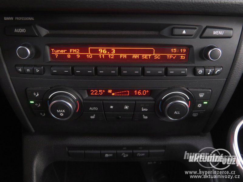 BMW X1 2.0, nafta, rok 2011 - foto 2