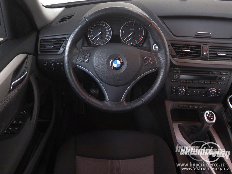 BMW X1 2.0, nafta, rok 2011 - foto 8
