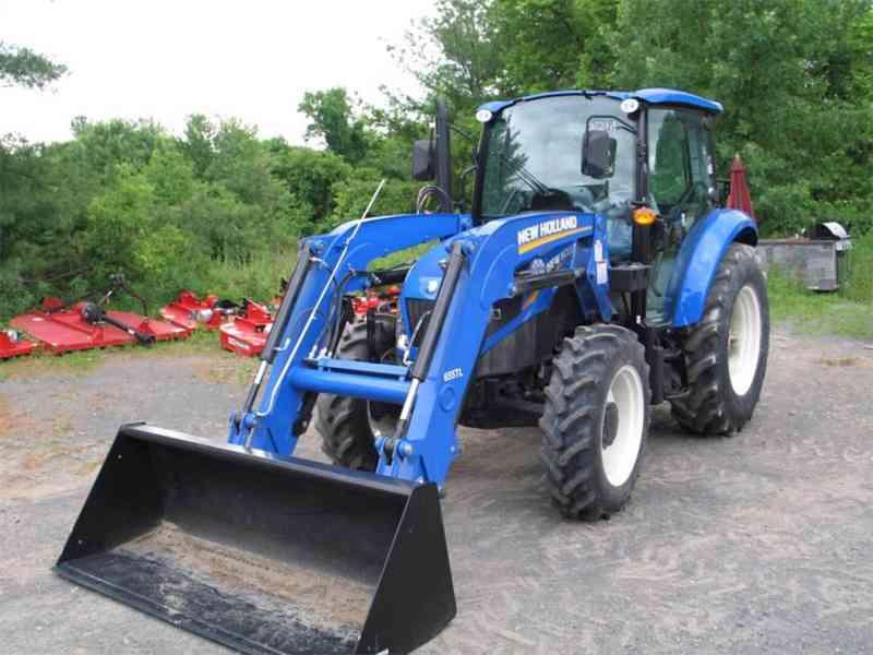 Traktor New Holland TccU65