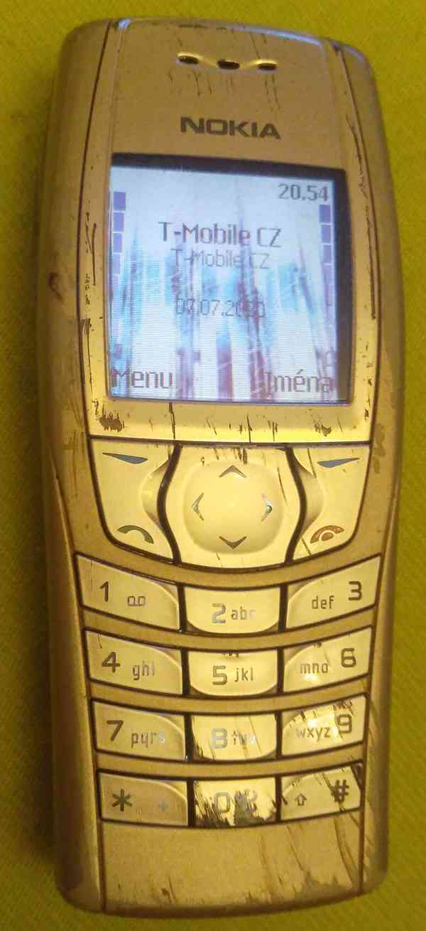 Starší mobilní telefony -funkční a vč. nabíječek!!! - foto 2
