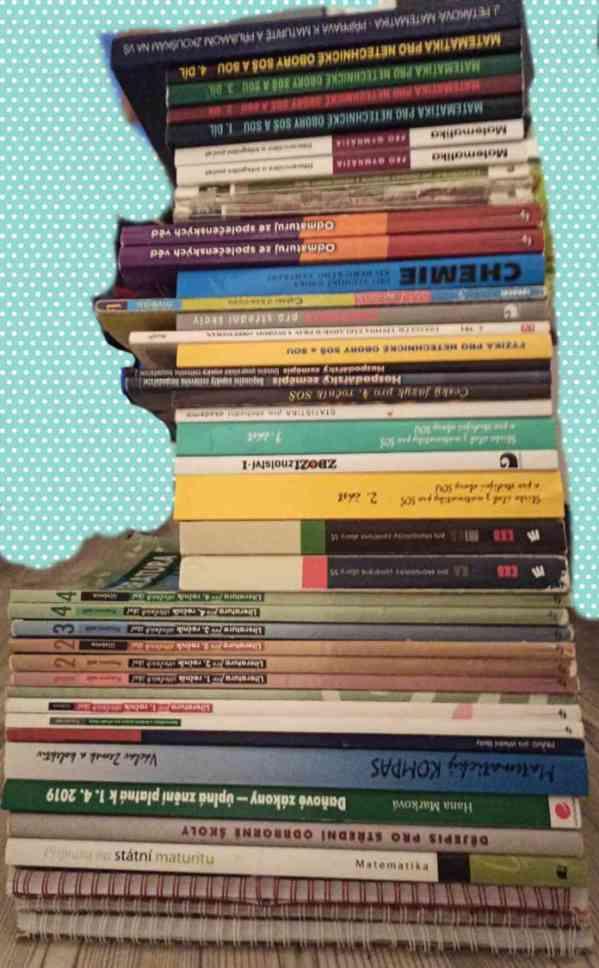 Prodej učebnic a pracovních sešitů pro SŠ a gymnázia
