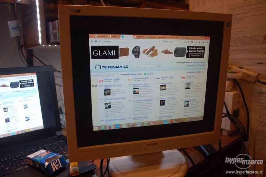 LCD monitor Philips 190C