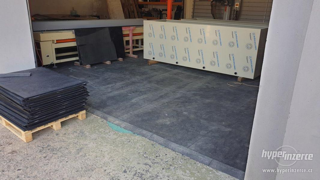 Průmyslová podlaha - desky z recyklovaného PVC 120x80cm - foto 2