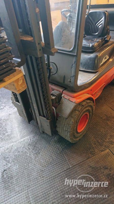 Průmyslová podlaha - desky z recyklovaného PVC 120x80cm - foto 6