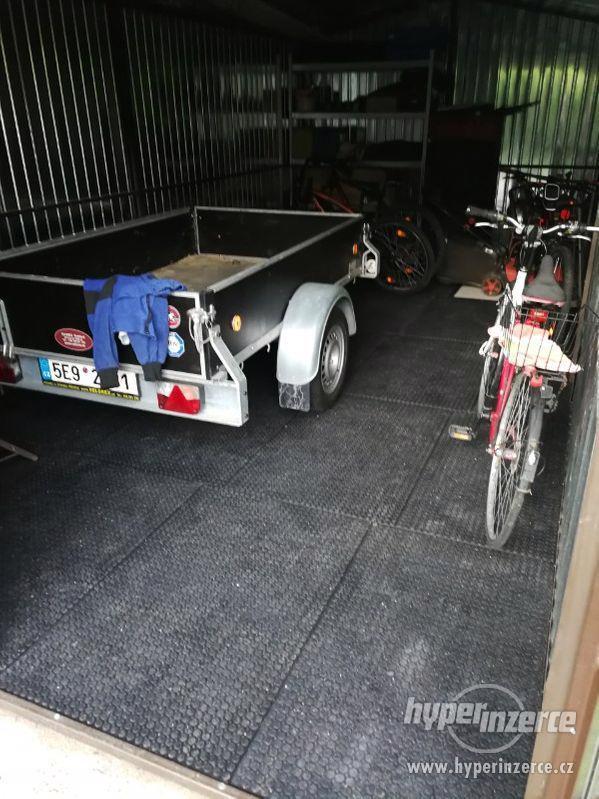 Průmyslová podlaha - desky z recyklovaného PVC 120x80cm - foto 10