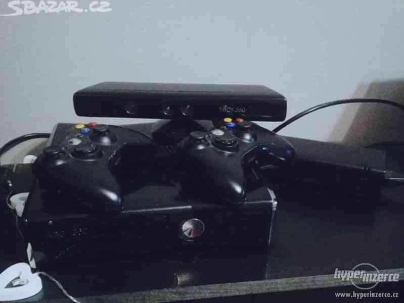 Xbox 360 250GB Flash + Kinect a hry