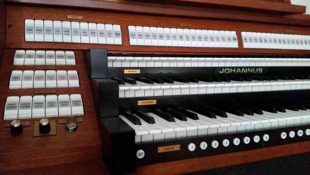 varhany Johannus - foto 6