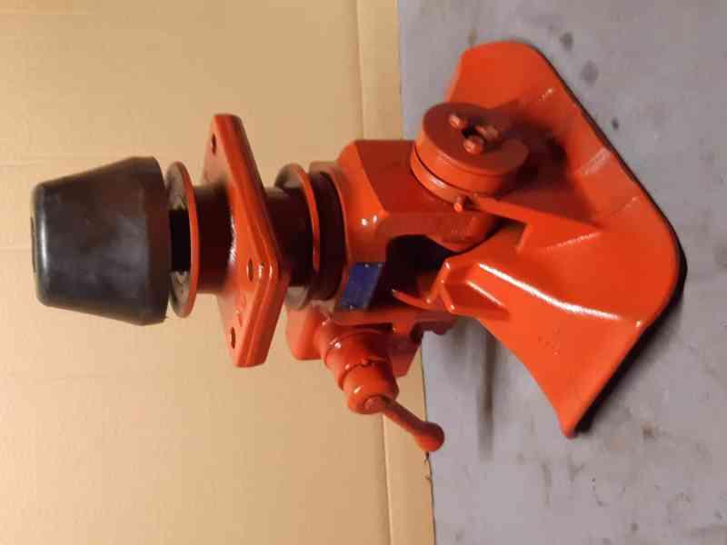 Iveco - tažné zařízení Rockinger 400G145 - foto 6