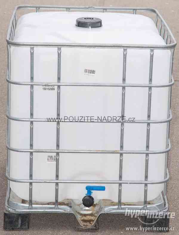 NOVÁ IBC nádrž 1000L / 15cm, pozinkovaná / plastová paleta - foto 2