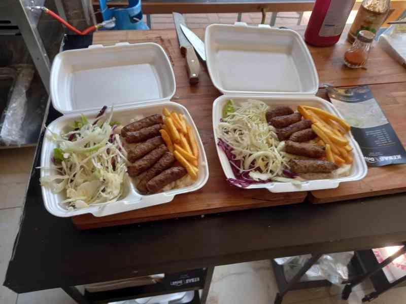 Pronájem nově zrekonstruované fast food restaurace. - foto 8