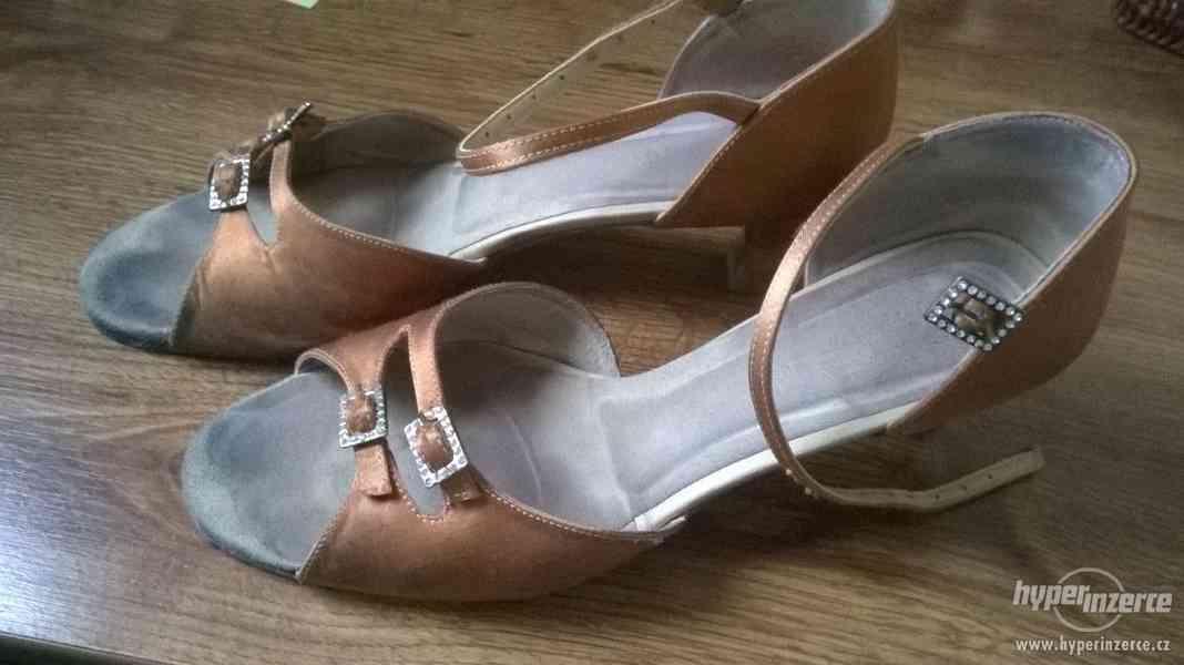 Taneční boty KOZDRA (42)