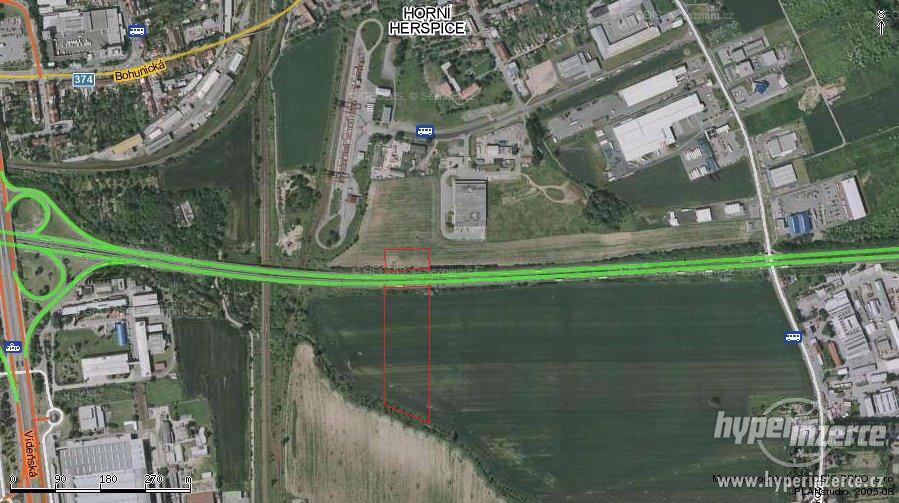 Prodej pozemků ke komerci 16 087 m2, Brno, Horní Heršpice - foto 1