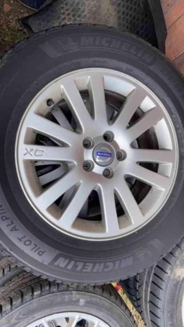 Volvo XC 90 OCEAN RACE 2.4 D5 AWD 136KW GO motoru 1 majitel! - foto 21