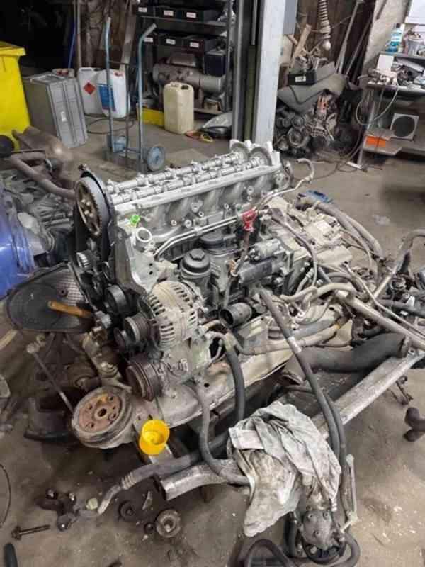 Volvo XC 90 OCEAN RACE 2.4 D5 AWD 136KW GO motoru 1 majitel! - foto 13