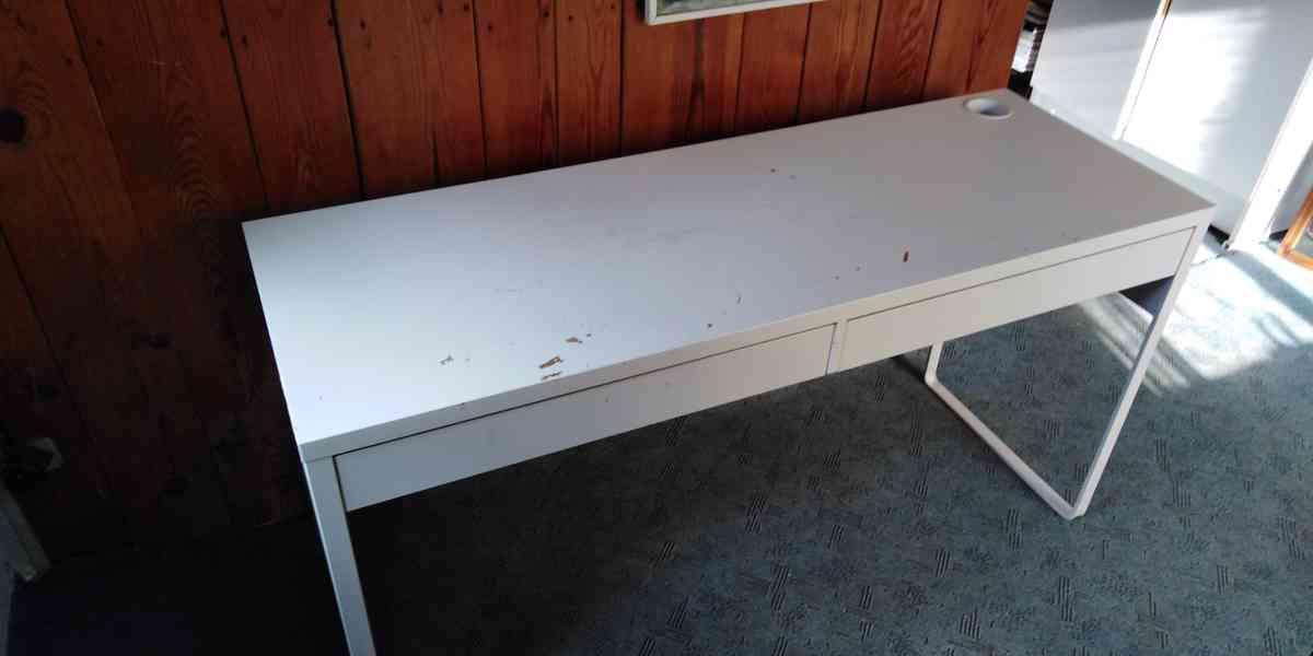Dětský psací stůl a dvojitá polička - foto 8