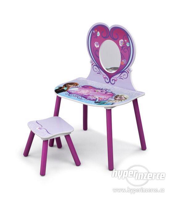 Dětský toaletní set Frozen stolek židlička