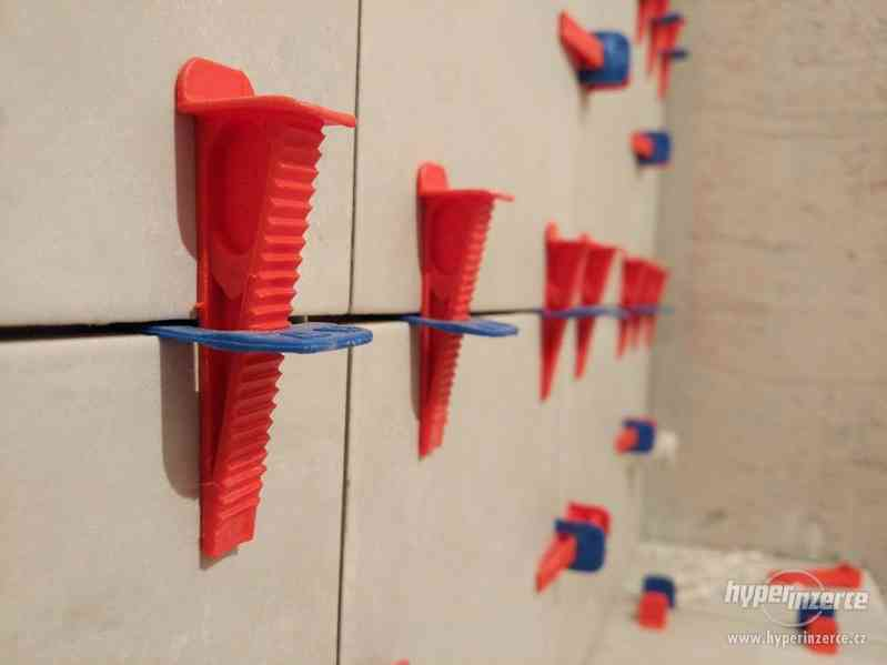 Nivelační systém, dlažby a obklady - foto 1
