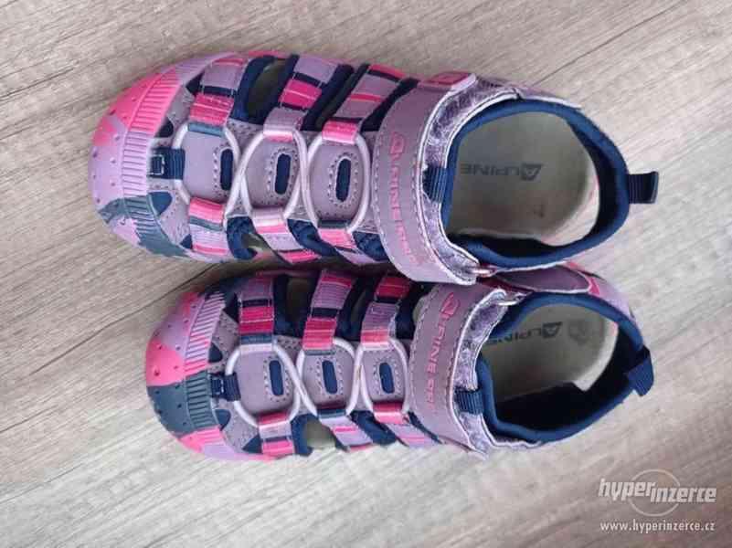 Dívčí sandály Alpine Pro