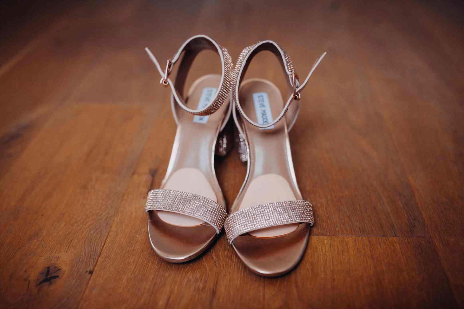 Svatební sandálky na podpatku  - foto 1