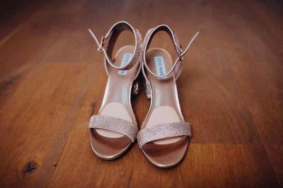 Svatební sandálky na podpatku