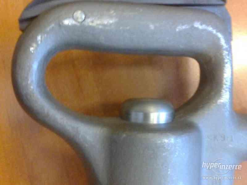 Prodám nové sbíjecí kladivo Permon SK 9-1 - foto 3