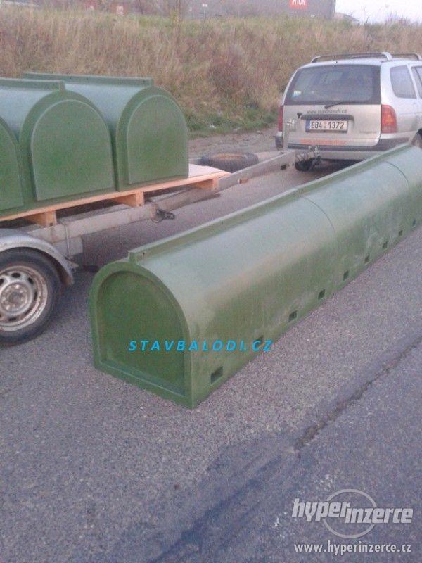Plastové plováky pro stavbu lodí katamaránu hausbótu  SLVH - foto 2