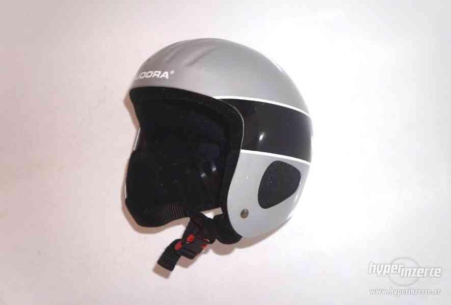 Lyžařská helma S/M přilba na snowboard Hudora vel. S/M 48-54