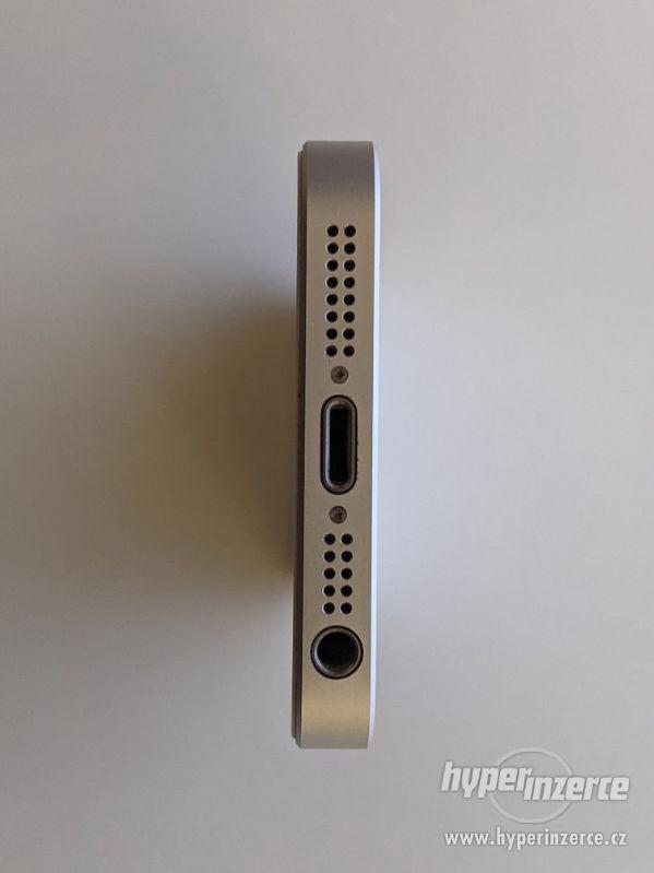 iPhone SE 32GB stříbrný, baterie 91% záruka 6 měsícu - foto 11